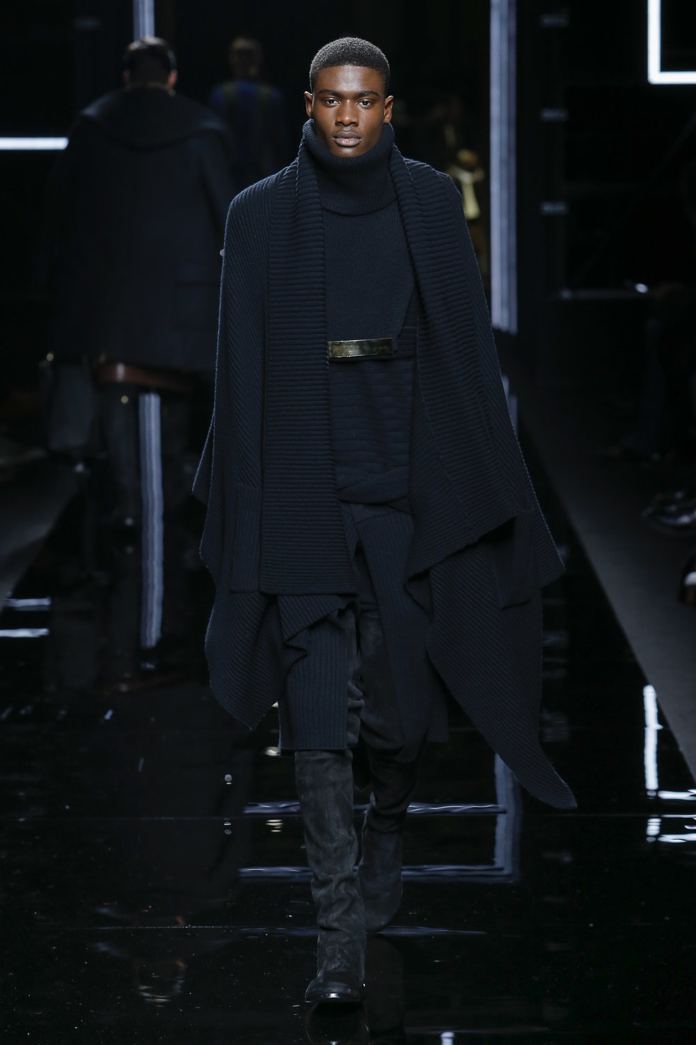 balmain_look_19_2017_aw_mens.jpeg
