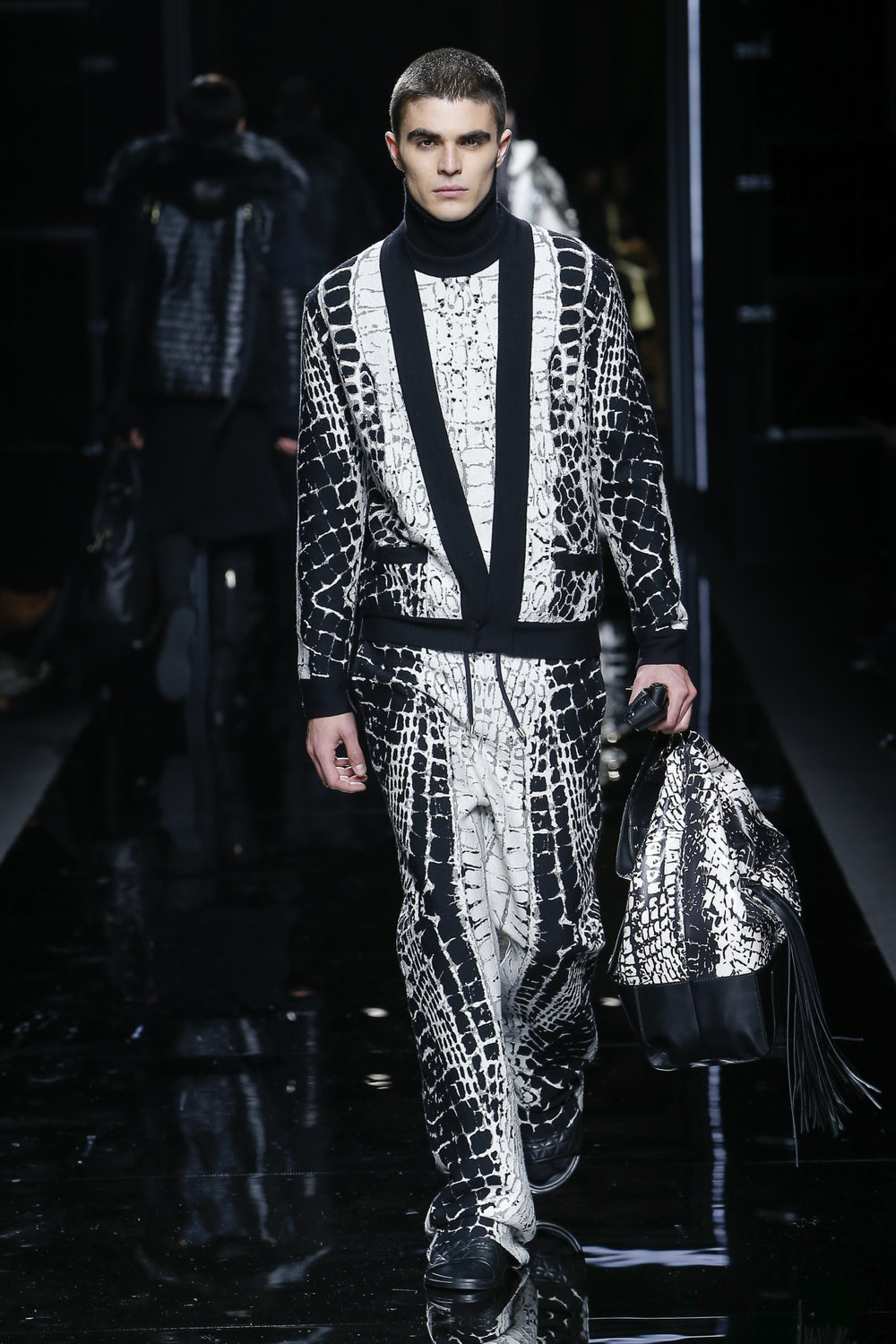 balmain_look_28_2017_aw_mens.jpeg