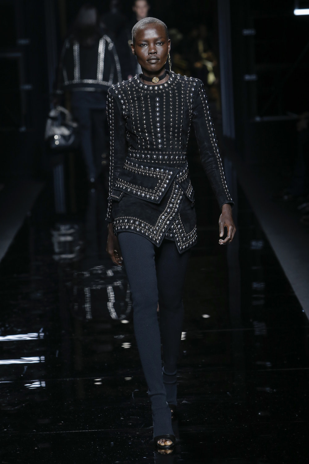 balmain_look_38_2017_aw_mens.jpeg