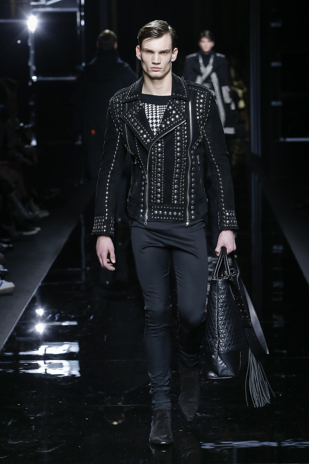 balmain_look_40_2017_aw_mens.jpeg