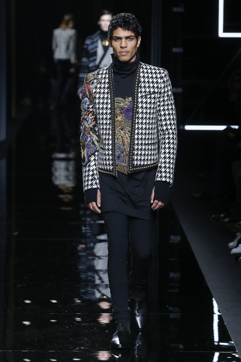 balmain_look_44_2017_aw_mens.jpeg
