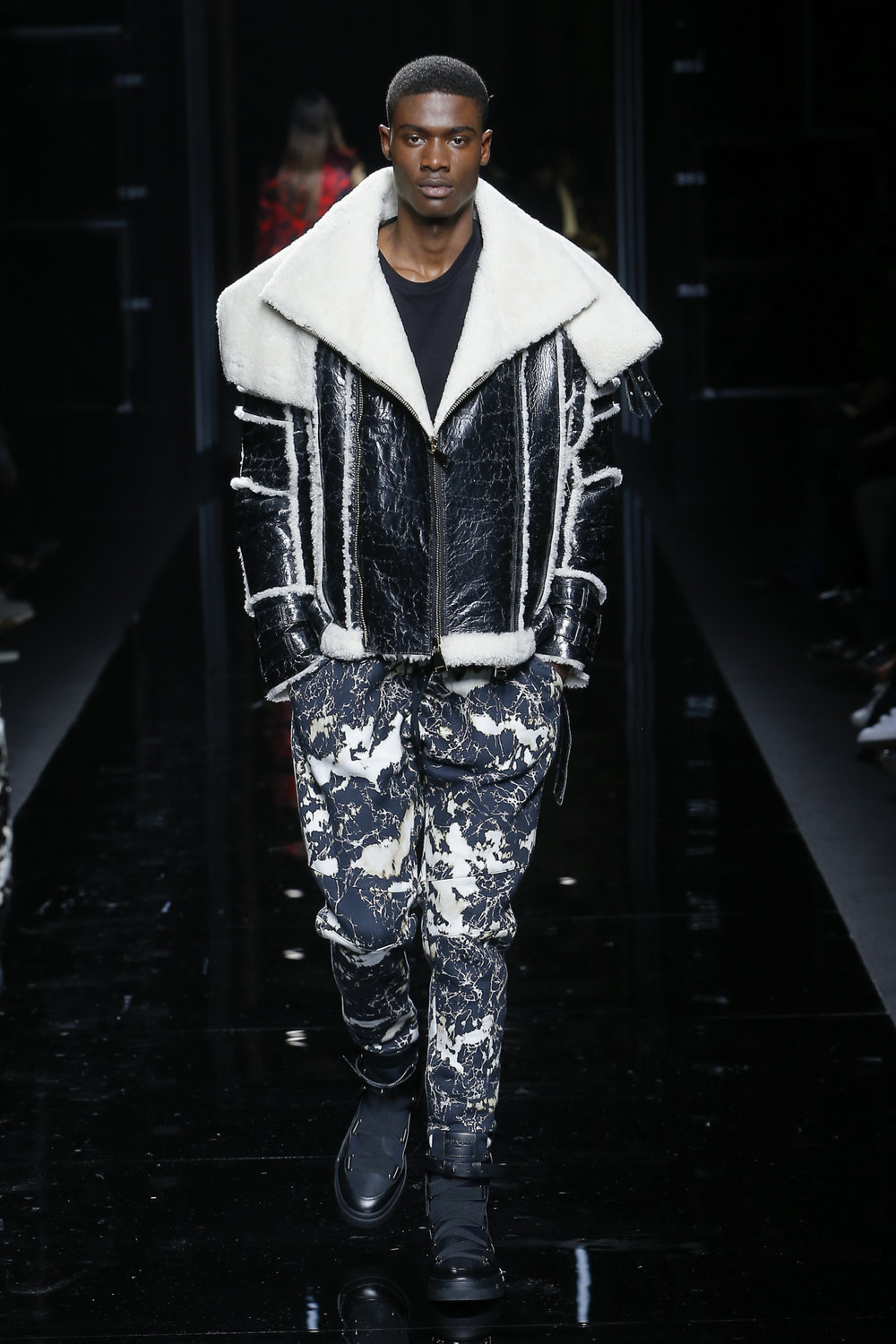 balmain_look_54_2017_aw_mens.jpeg