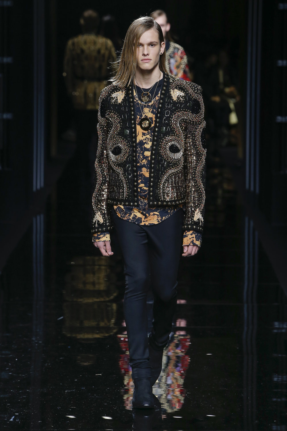 balmain_look_81_2017_aw_mens.jpeg