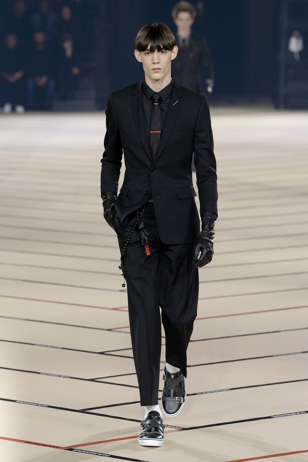 dior_homme_look_1_2017_aw_mens.jpeg