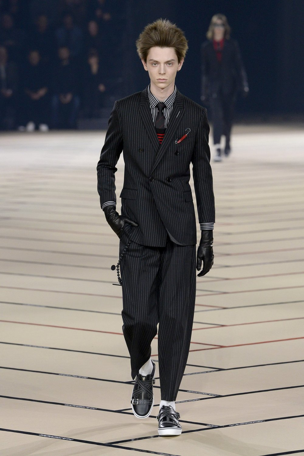 dior_homme_look_2_2017_aw_mens.jpeg
