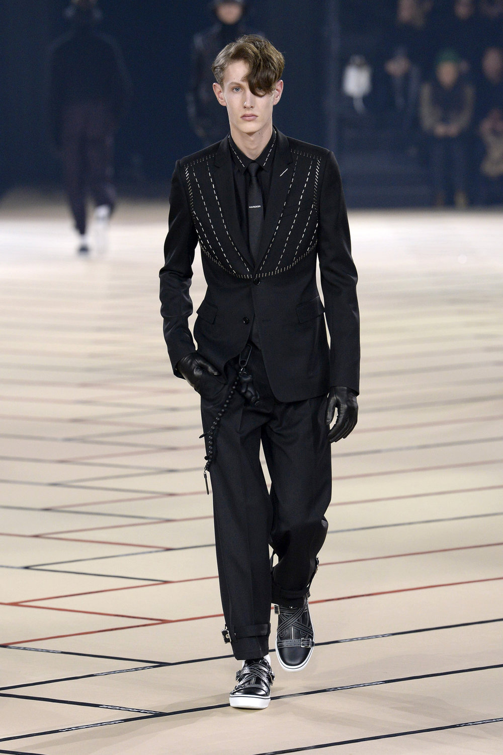 dior_homme_look_13_2017_aw_mens.jpeg