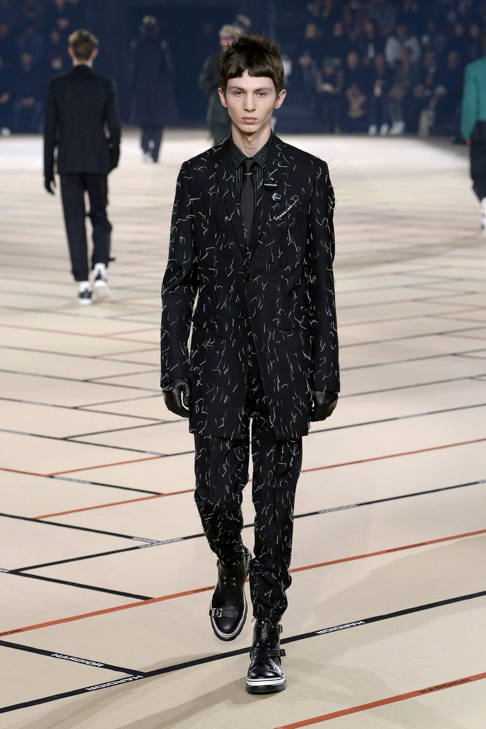 dior_homme_look_19_2017_aw_mens.jpeg