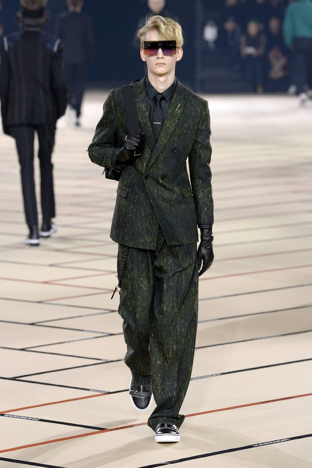 dior_homme_look_20_2017_aw_mens.jpeg
