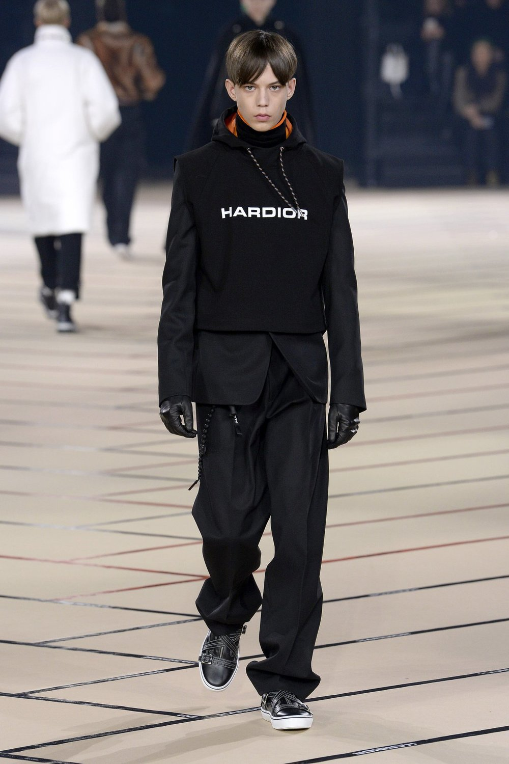 dior_homme_look_32_2017_aw_mens.jpeg