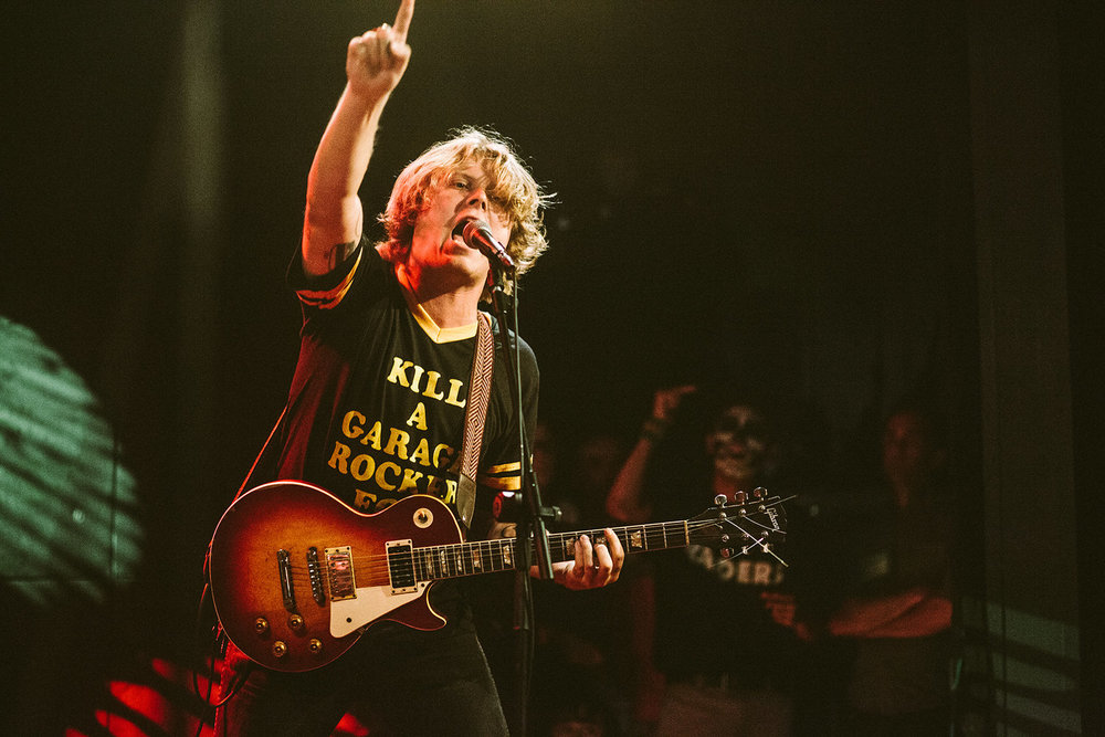 TY SEGALL WANTS USTO BREAK A GUITAR -