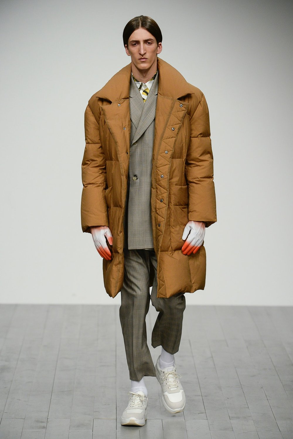alex_mullins_look_6_menswear_autumn_2018.jpeg