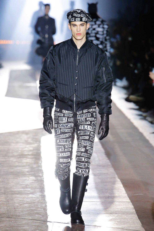 moschino_look_24_menswear_autumn_2018.jpeg