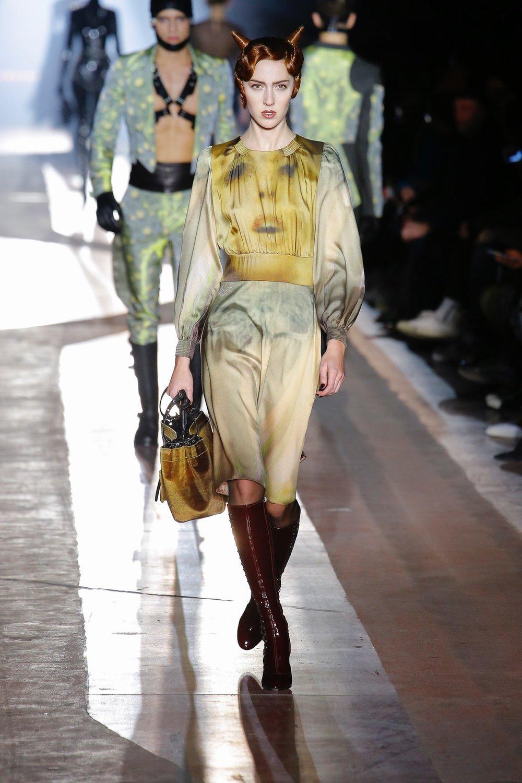 moschino_look_70_menswear_autumn_2018.jpeg