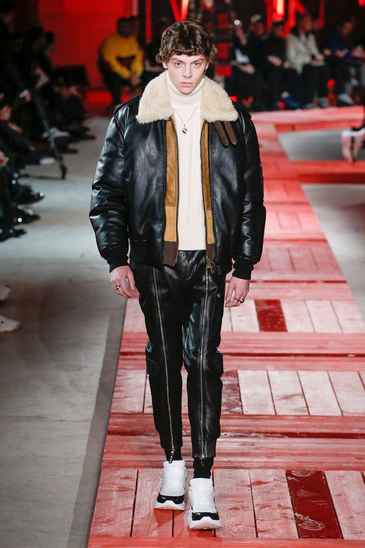 alexander_mc_queen_look_20_menswear_autumn_2018.jpeg
