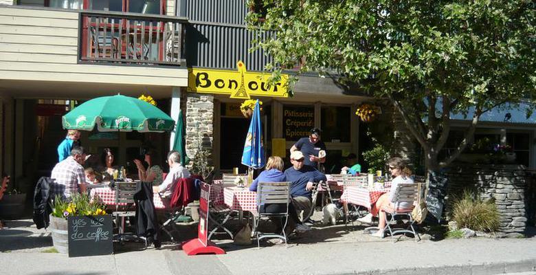 Image: Bonjour Restaurant