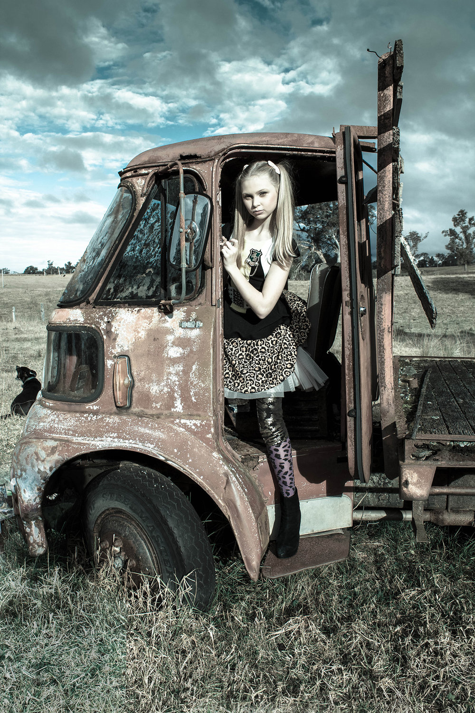 Farm Girl 04