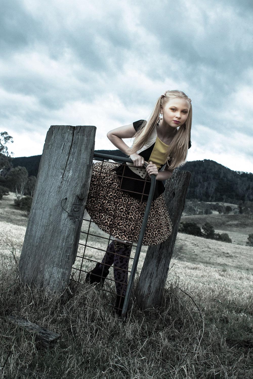 Farm Girl 08