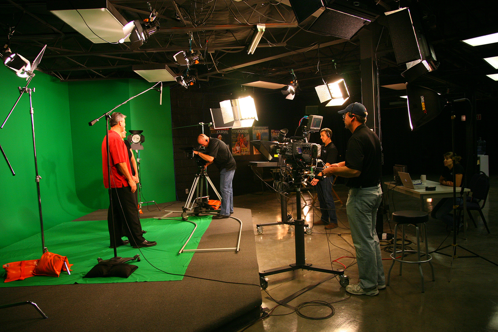 green-screen-side-view-web.jpg