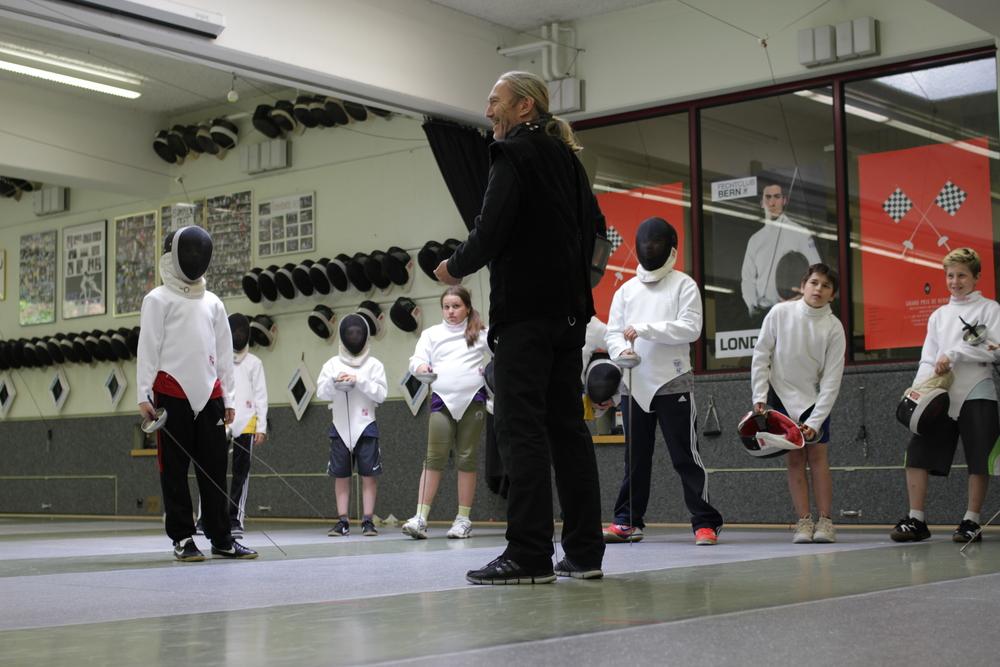 Maître Gabriel Nielaba beim Nachwuchstraining. (Foto: Claudia Fahlbusch)