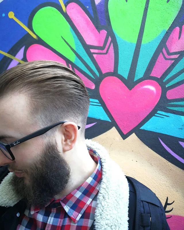 Cut 'n' beard trim by Craig 'the Moth' — shot against the @losmetzican mural beside Barbership III in @hillfieldtrading 🇲🇽