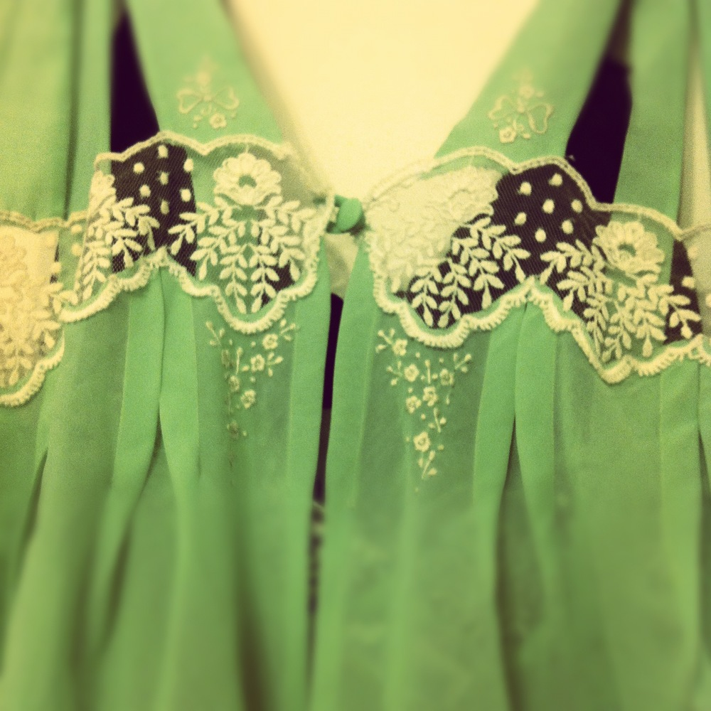 Pretty green vintage slip