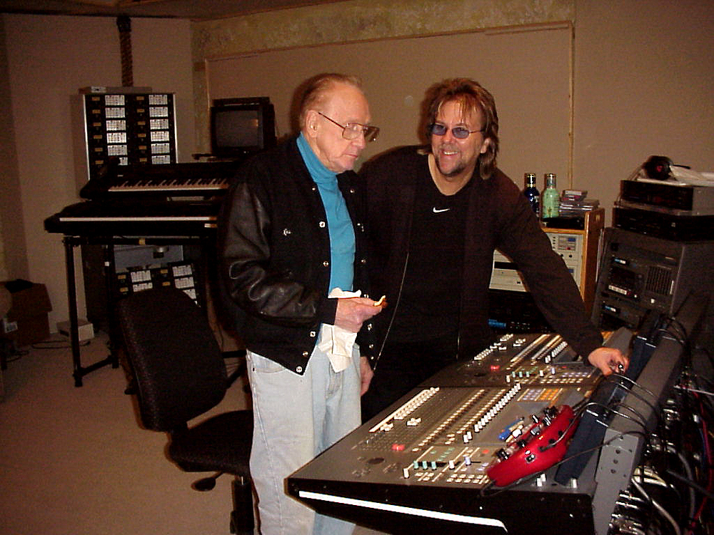Les Paul with David at his studio, 2001