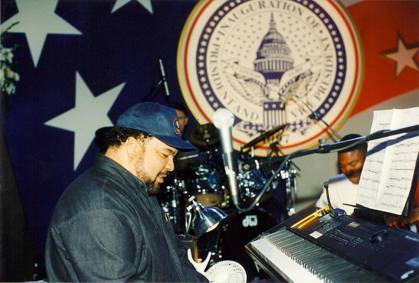 George-Duke-Rehearses-Clinton-2nd-Inaug-97-copy.jpg