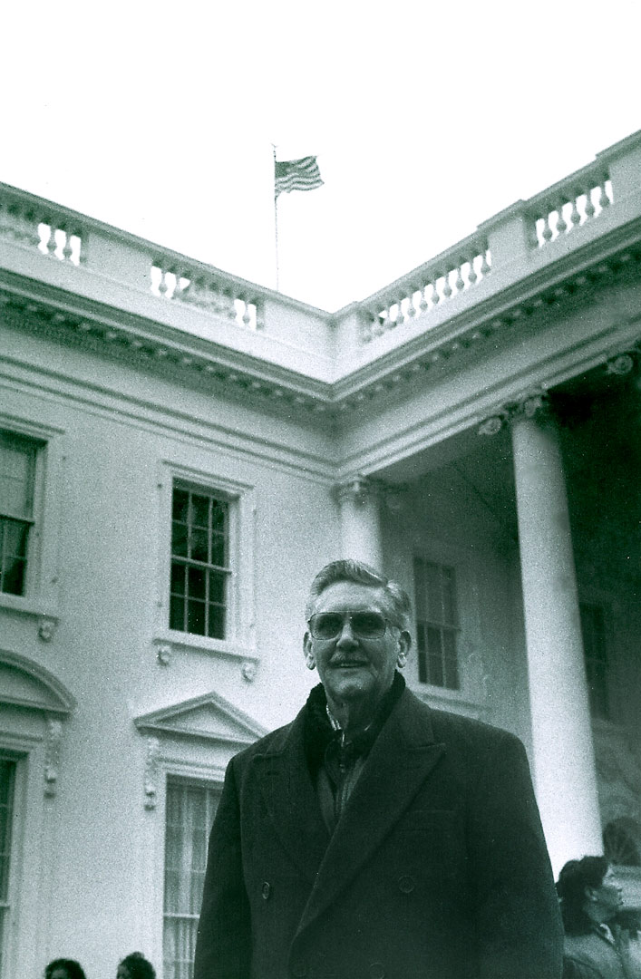 Dad-at-White-House-'93-Clinton-Inaugural-Hi-Res---Version-2.jpg