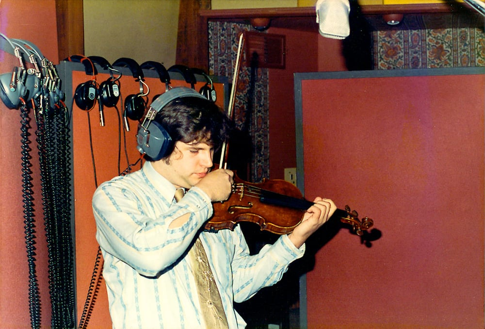 Daniel-Kobialka-violin-record-Holdin-On-session-1974-1st-Album.jpg