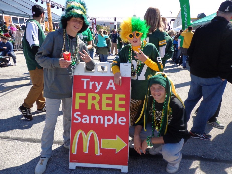 McDonalds_Sampling_Green_Bay.jpg