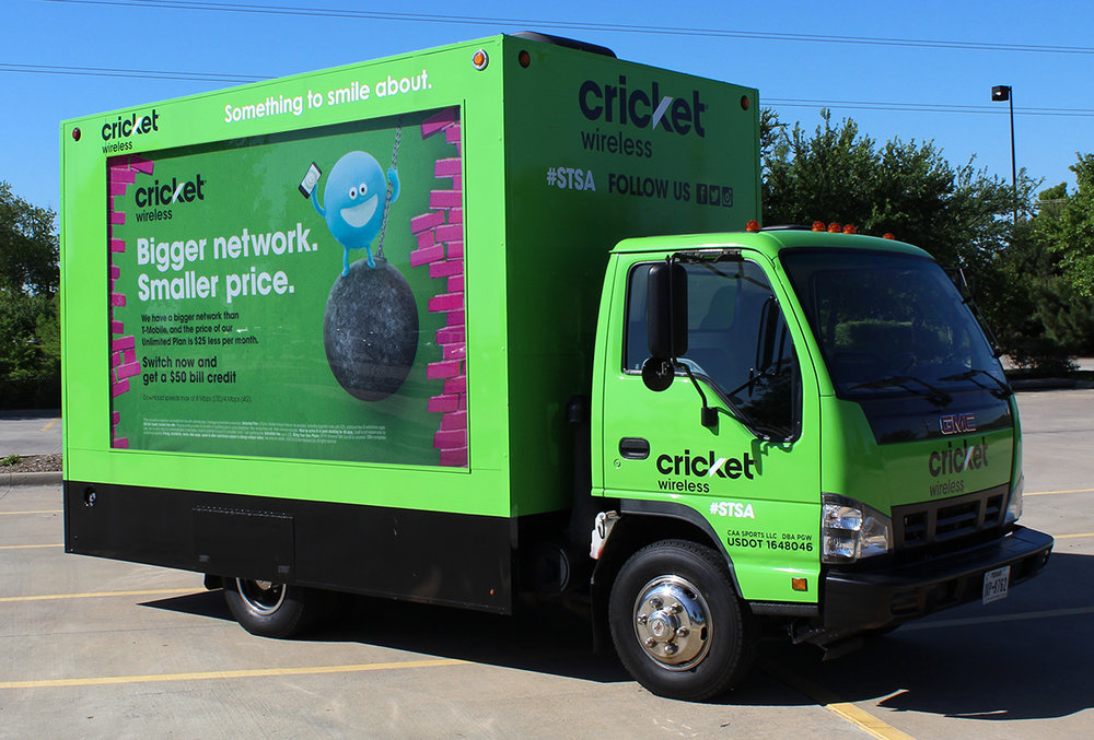 Cricket Glass Box Truck