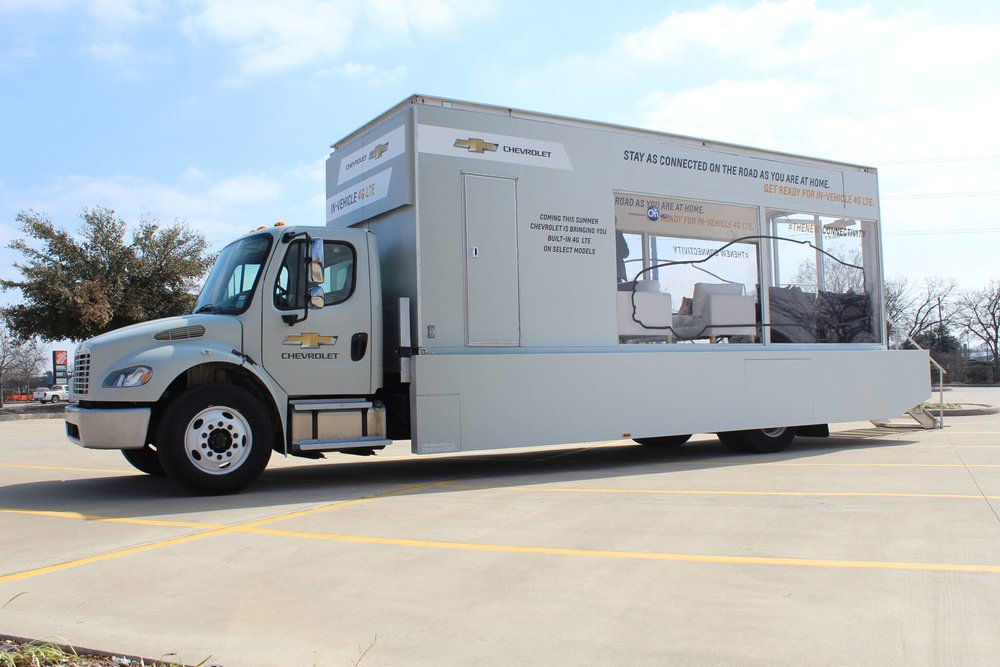 Chevrolet Stay Connected Glass Box Truck