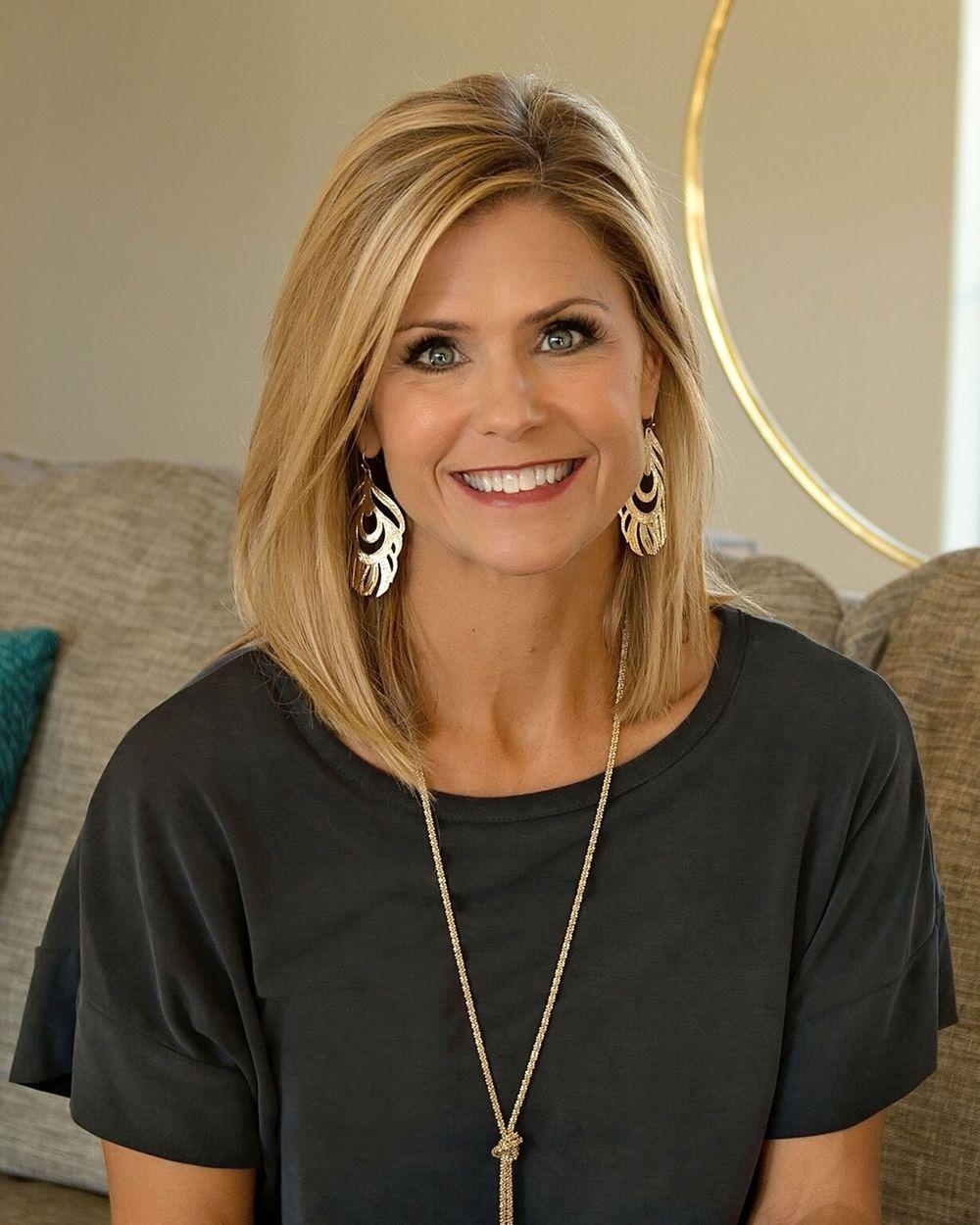 Jenny Arnold Owner/Interior Designer