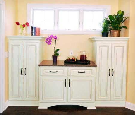 hampton-dinning-cabinet0312.jpg