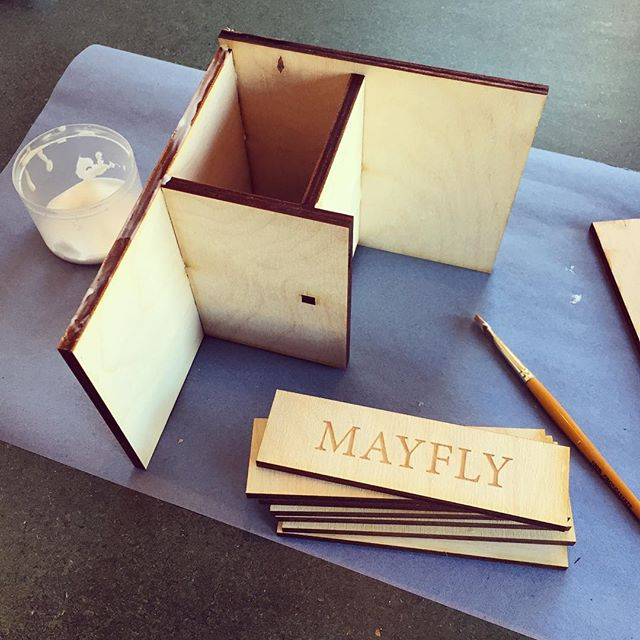 Display stand production line in full swing. Preparations for a big new order! #mayfly #dispaly #plywood #journal #makersofinstagram