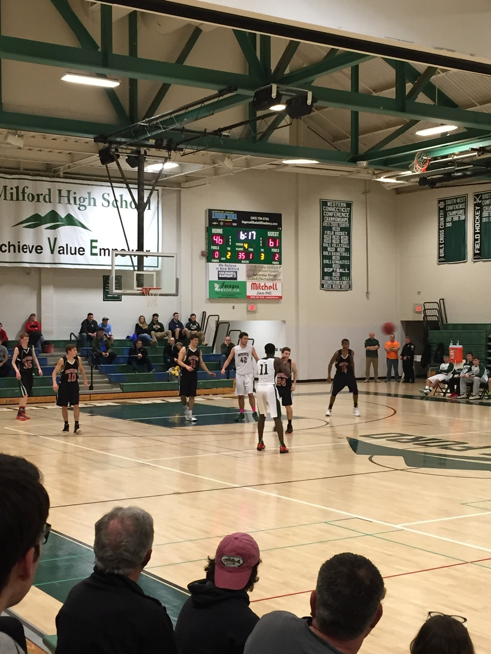 Pomperaug vs. New Milford - December 23, 2015 Provided by: CTHoopsNews