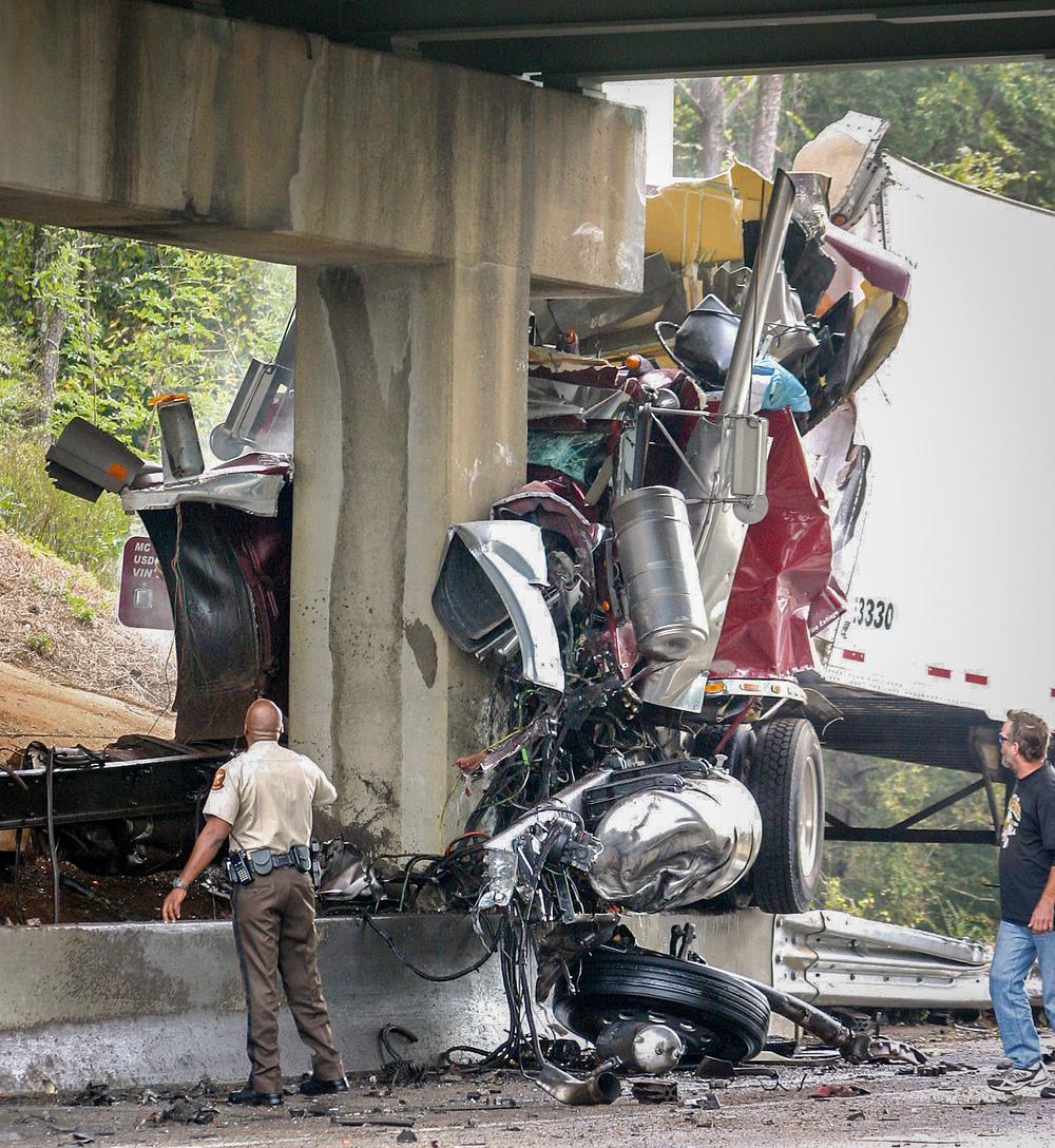 DH.TruckWreck1.RF_.10-26.jpg