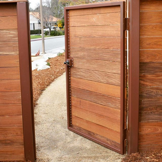 Went all in on this Ipe fence and gate. Ipe is one of our favorite construction materials to deliver on any fence or gate that needs to hold up over time- Lasts forever. 😍#brazilian #ipe . . . . #Landscape #gardens #california #ca #claremont #claremont #glendora #pasadena #handcrafted #luxe #design #designer #landscape #rendering #illustration #architecture #californianative #waterwise #landscape_lovers #landscape #succulents #watercolor #water #construction #repost #monrovia #la
