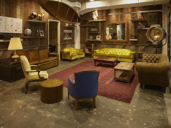 CSI Lounge.jpg