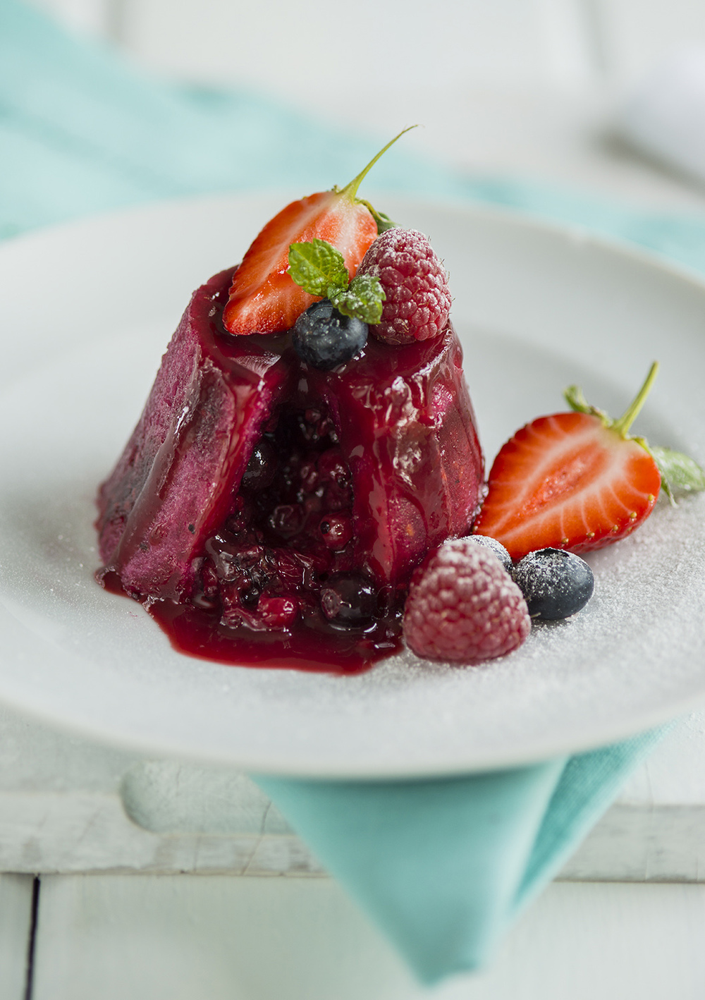 20150106-Summer pudding, cream -round-344.jpg