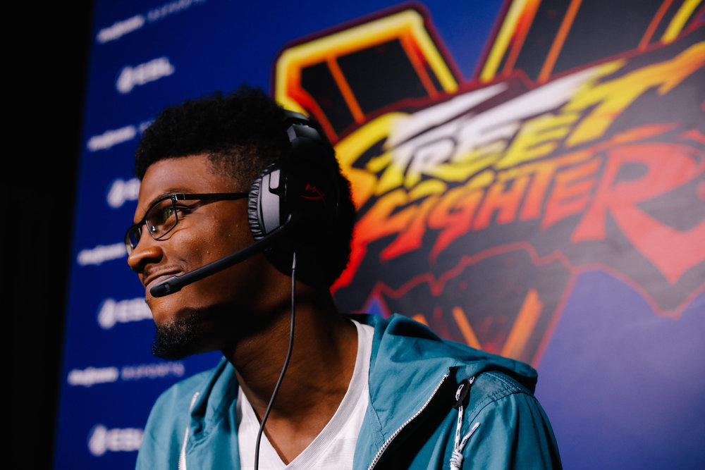 "Marvin ""Marvisto"" Dacis frowns in disappointment after a defeat from Du ""NuckleDu"" Dang"