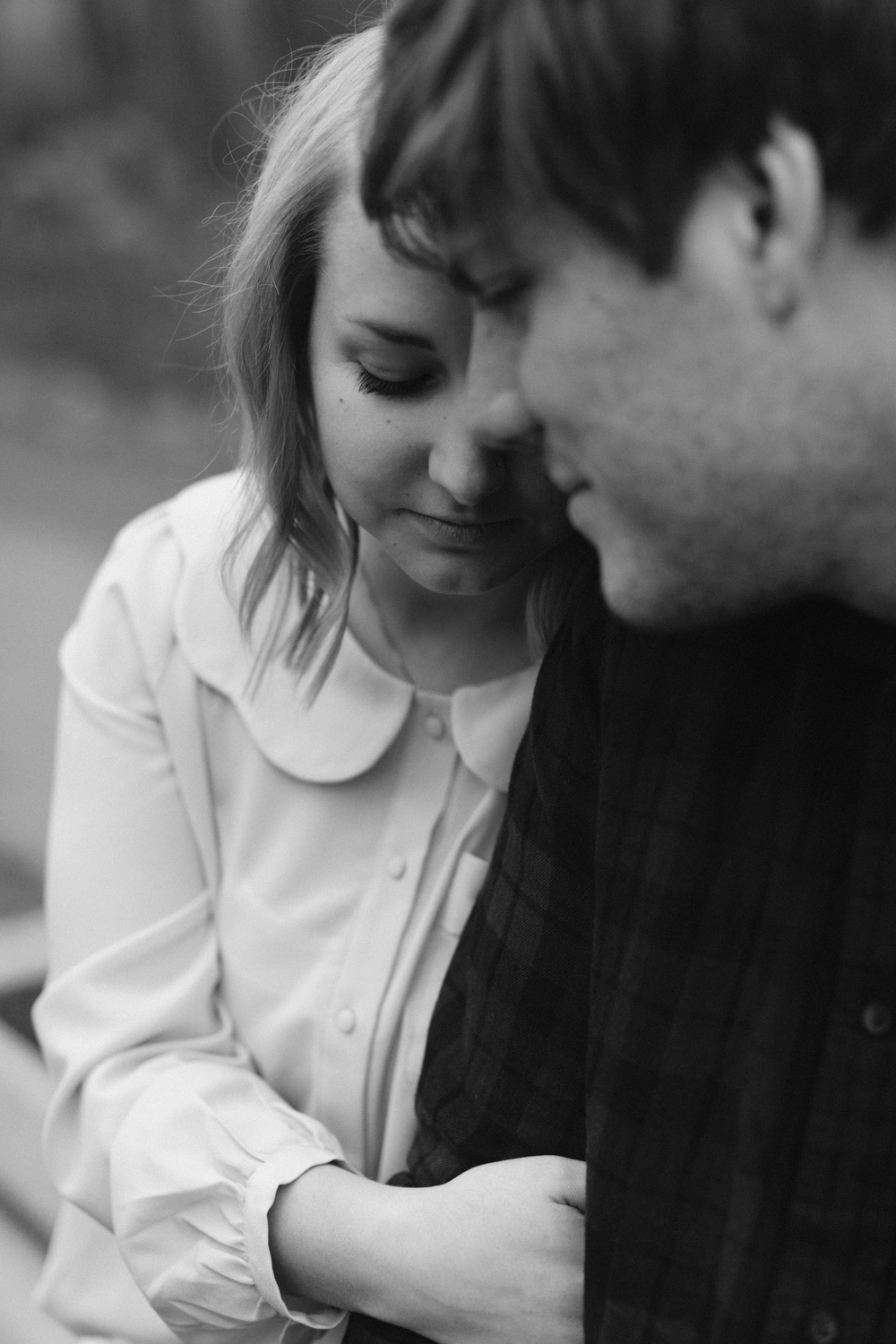 Grand Rapids Michigan Engagement photos Lifestyle Wedding Photographer Mae Stier Candid Photography-004.jpg