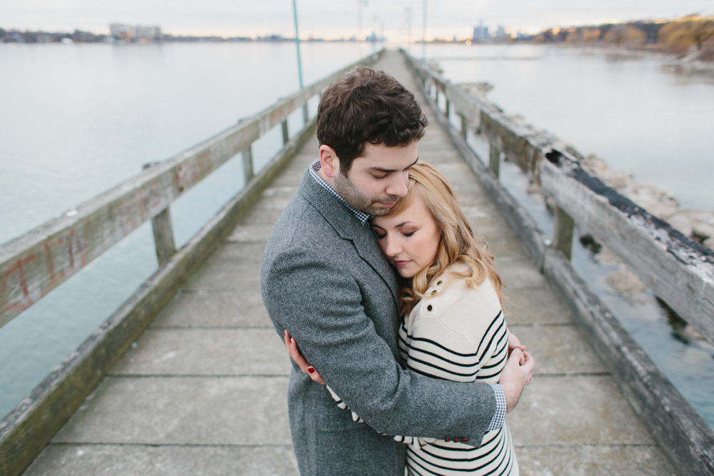 Detroit Michigan Belle Isle Engagement photos Lifestyle Wedding Photographer Mae Stier Candid Photography-006.jpg