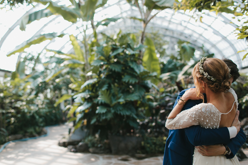 Chicago Wedding Garfield Park Conservatory Mae Stier Wedding Photographer Lifestyle Photography Midwest California-013.jpg