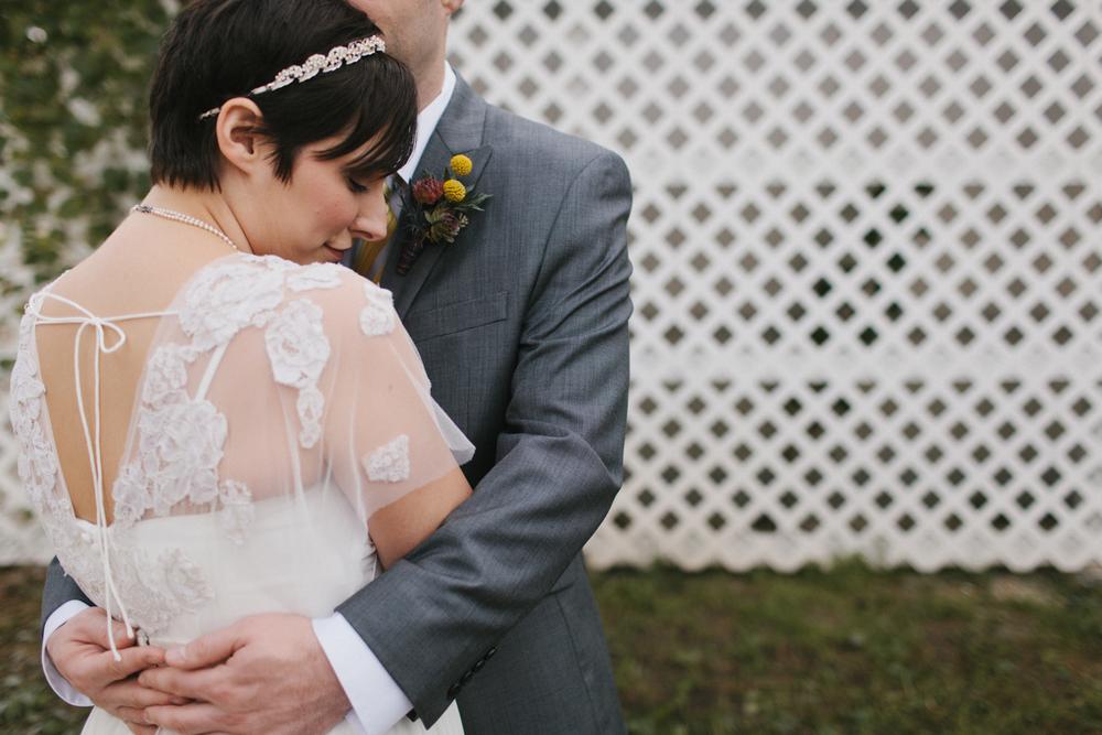 Chicago Wedding Photographer Mae Stier Heritage Prairie Farm Outdoor Romantic Wedding-033.jpg
