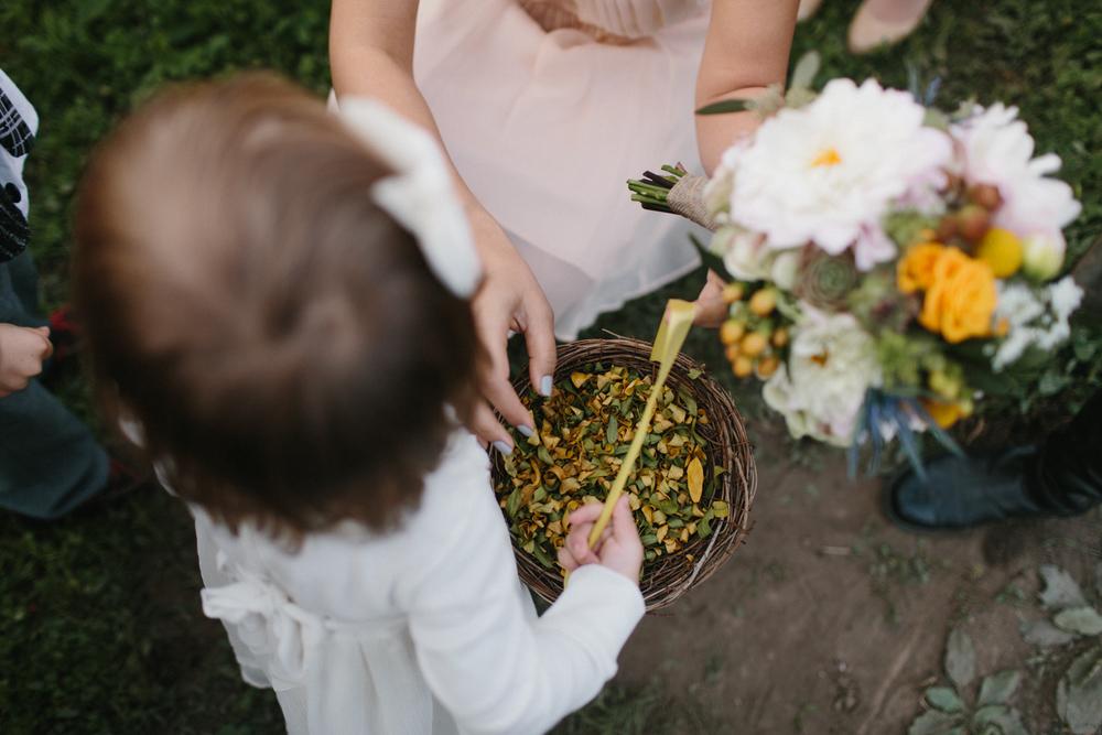 Chicago Wedding Photographer Mae Stier Heritage Prairie Farm Outdoor Romantic Wedding-049.jpg