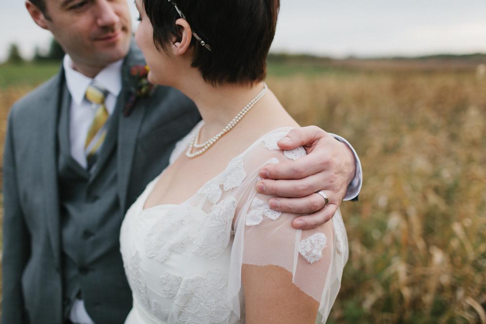 Chicago Wedding Photographer Mae Stier Heritage Prairie Farm Outdoor Romantic Wedding-065.jpg