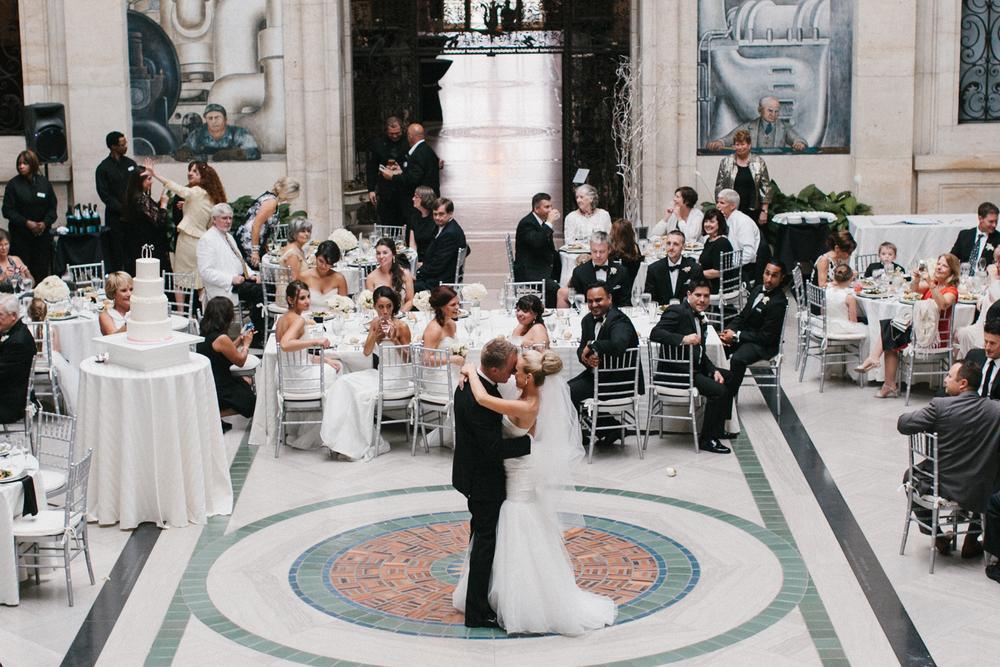 Detroit Institute of Arts Wedding-001.jpg
