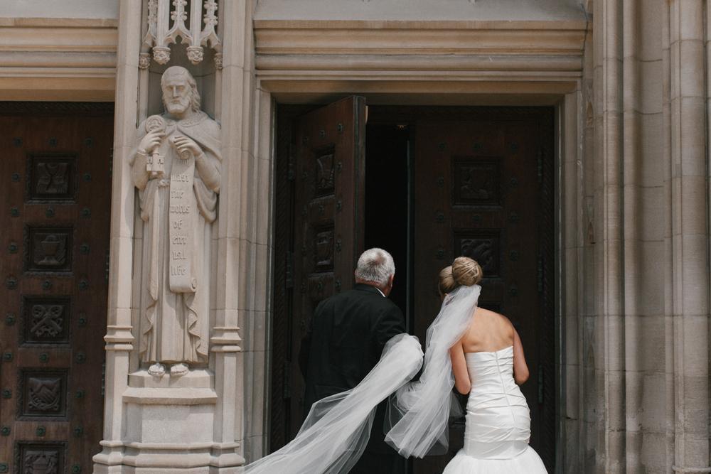 Detroit Institute of Arts Wedding-004.jpg