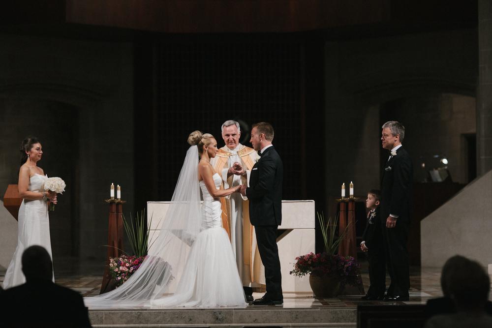 Detroit Institute of Arts Wedding-006.jpg